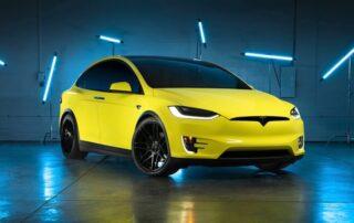 Tesla anuncia en China un servicio de envoltura para cambiar el color al vehículo