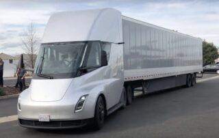 Tesla recibe un pedido de Semi por Walmart Canadá